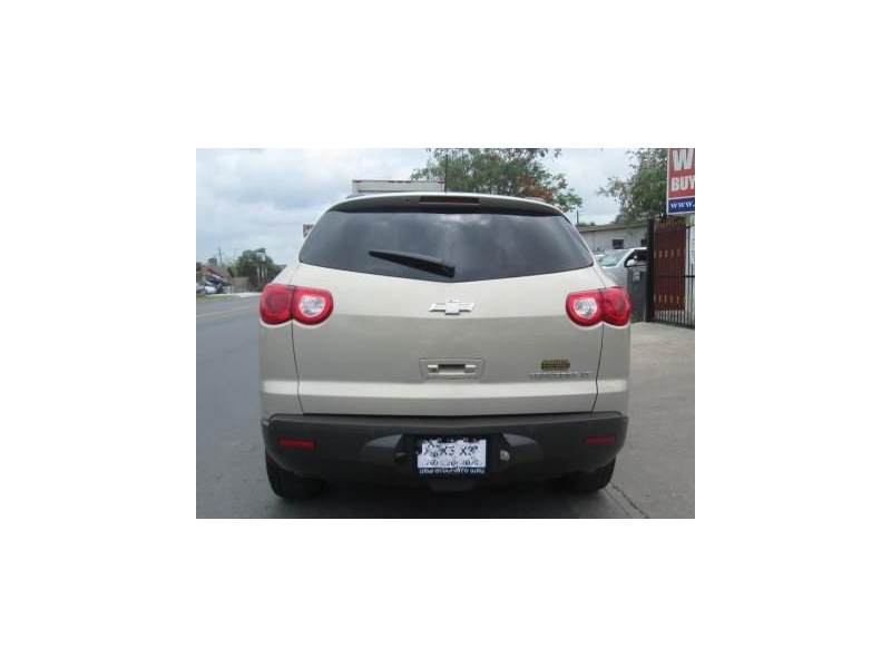 CHEVROLET TRAVERSE 2010 price $6,400