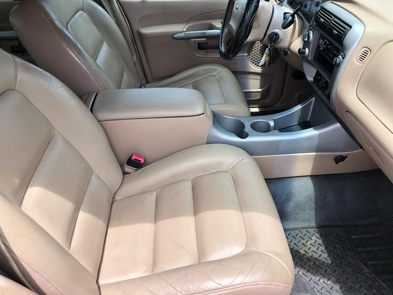 Ford Explorer Sport Trac 2001 price $4,995