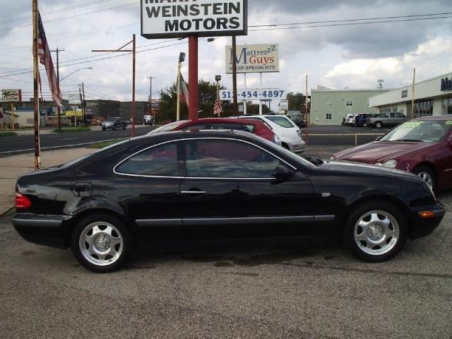 Mark Weinstein Motors   1998 Mercedes-Benz CLK-Class 2dr Coupe - $7,495