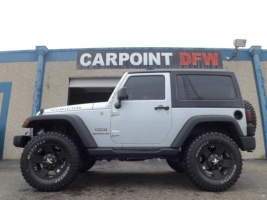 Jeep Wrangler 4x4 LIFTED 5 NEW TIRES 2012