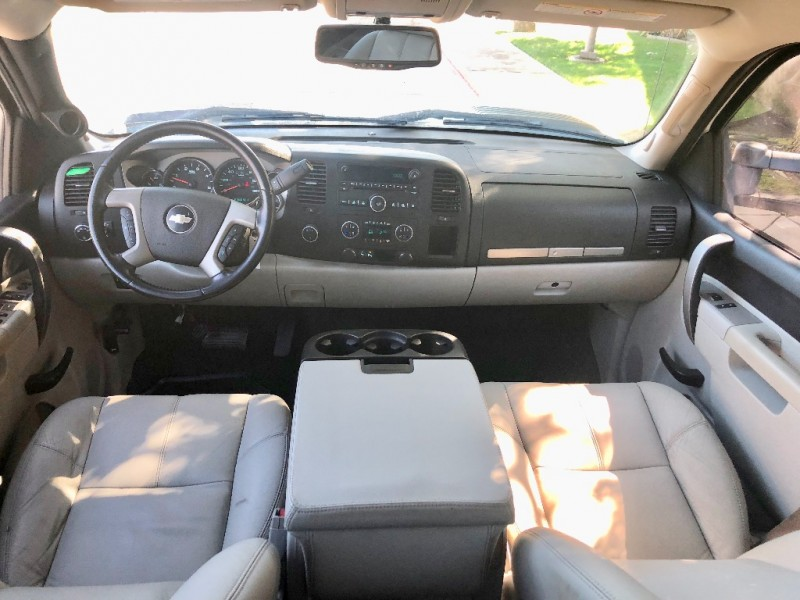 Chevrolet SILVERADO LT 3500 2010 price $23,500