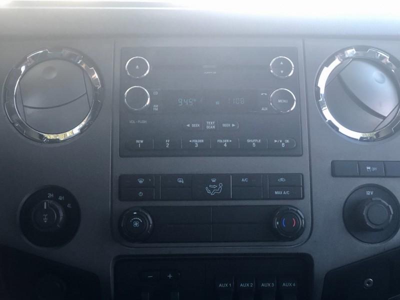 Ford F250 XLT CREW CAB 4X4 2012 price $16,900
