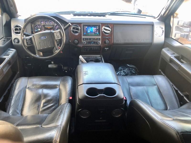 Ford F250 LARIAt 4X4 2011 price $24,900