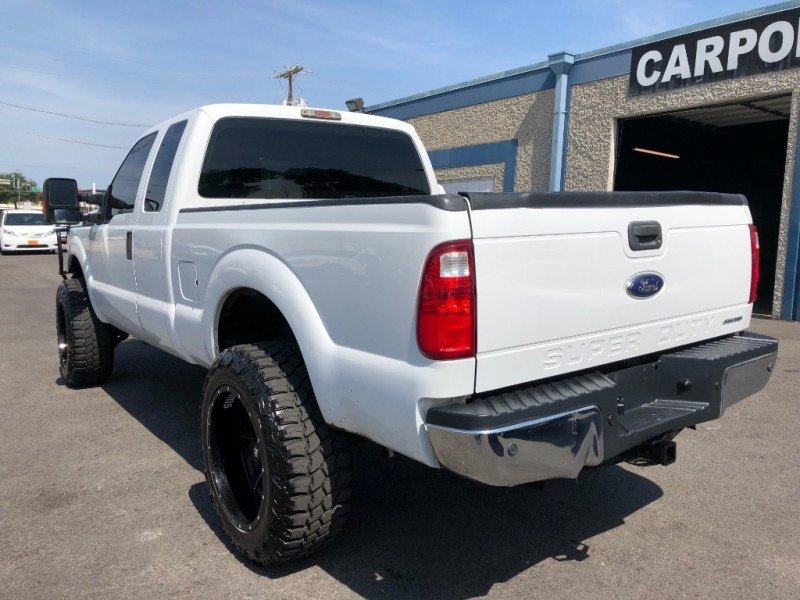 Ford F250 EXT CAB 4X4 2013 price $13,900