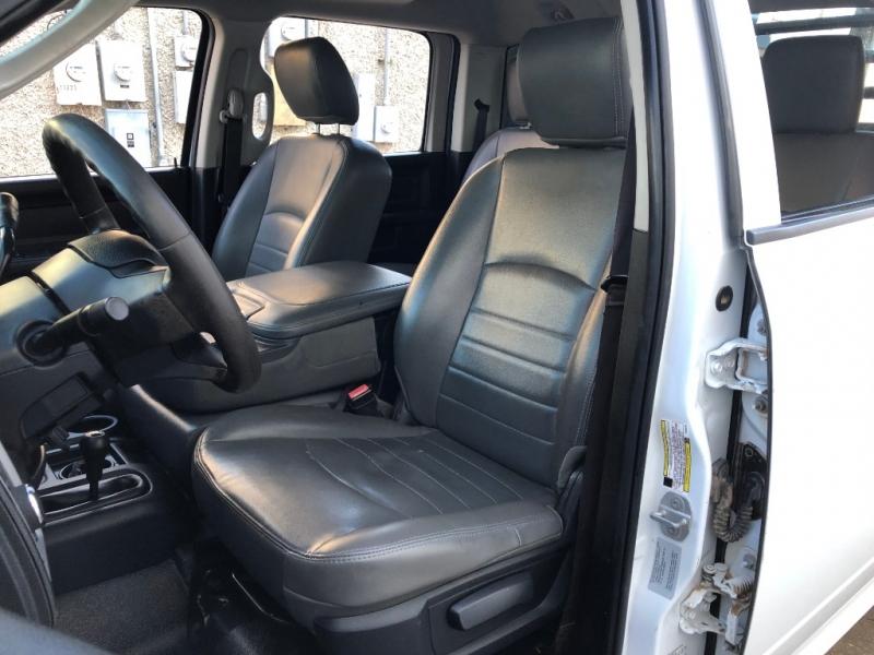RAM 3500HD CREW CAB 4X4 DUALLY 2015 price $27,995