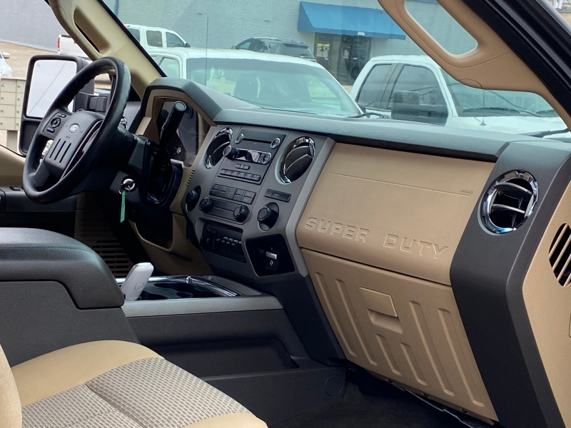 Ford F450 DUALLY 4X4 2016 price $23,700