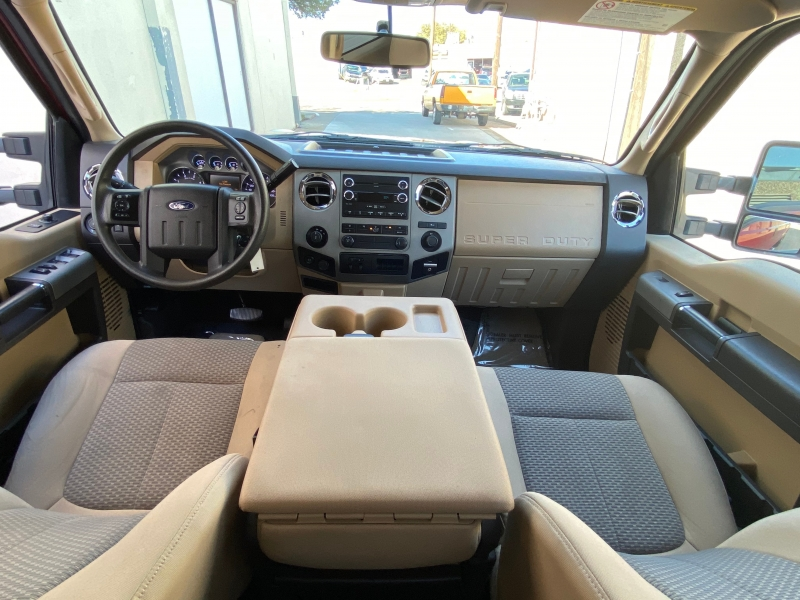 Ford F350 XLT 4X4 2015 price $24,000