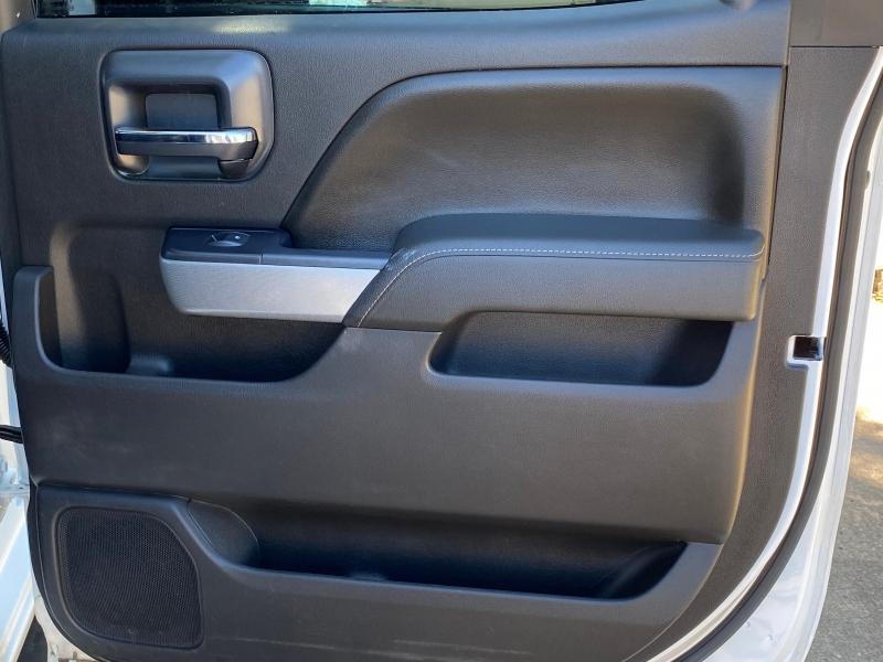 Chevrolet Silverado 2500 4x4 2015 price $18,500