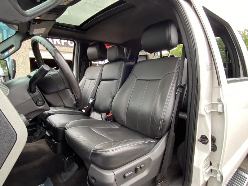 Ford F350 LARIAT 4X4 2016 price $27,900