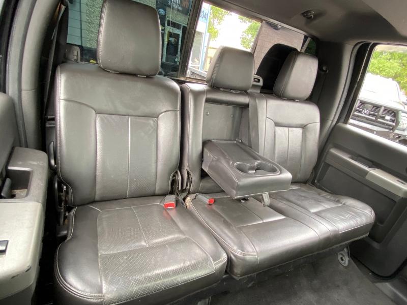 Ford F250 LARIAT 4X4 2012 price $17,995