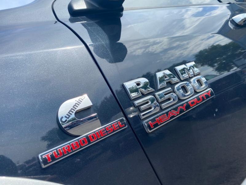 RAM 3500 MEGACAB LARAMIE 2013 price $29,500