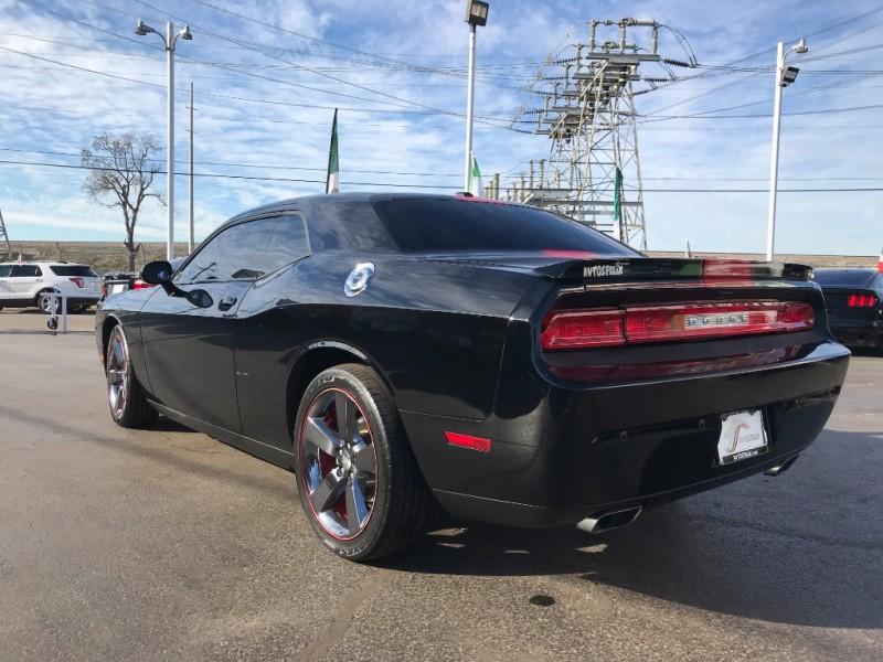 Dodge Challenger 2014 price $2,000 Down!!