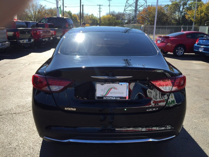 Chrysler 200 Limited 2015 price $1,500 Down!!