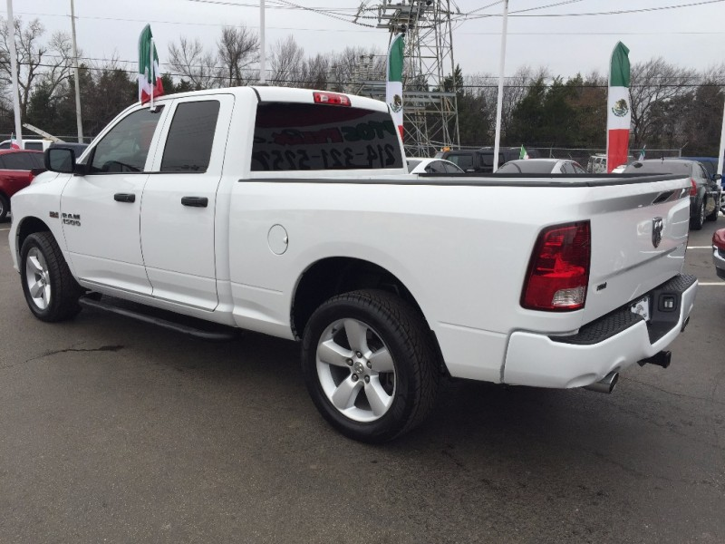 Dodge Ram SLT Hemi!! 2015 price $1,500 Down!!
