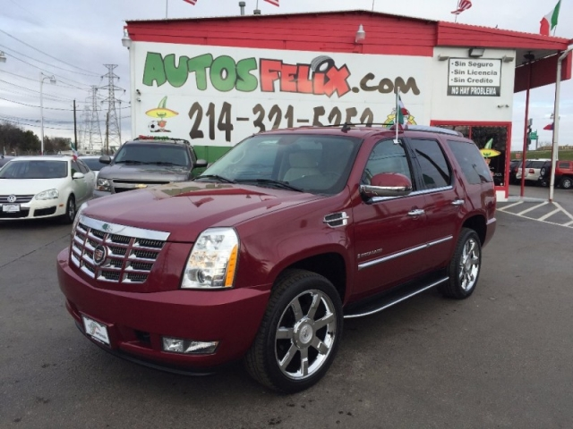 2013 Cadillac Escalade Luxury Package!