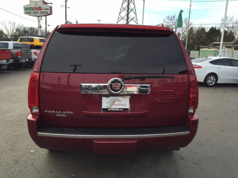 Cadillac Escalade Luxury Package! 2013 price $2000 Down!!