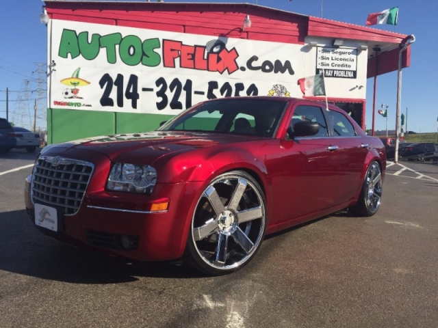 2010 Chrysler 300 Touring!! Rines 24!