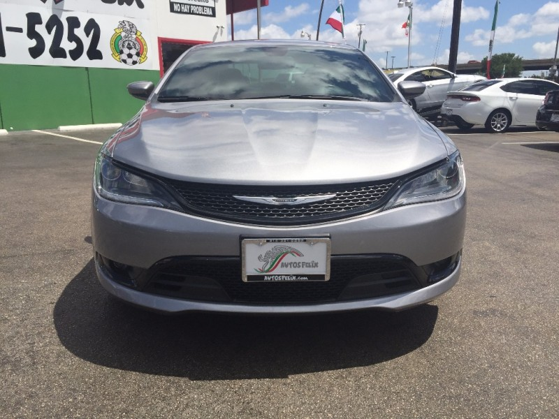 Chrysler 200 S Piel Quemacoco!!! 2016 price $1,500 Down
