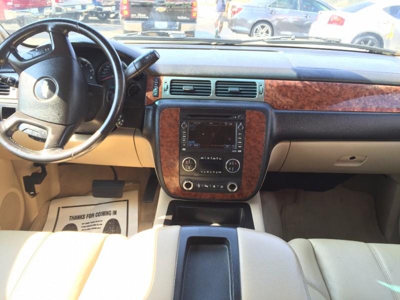 Chevrolet Suburban LTZ!! Navegacion!! 2011 price $1,500 Down!!