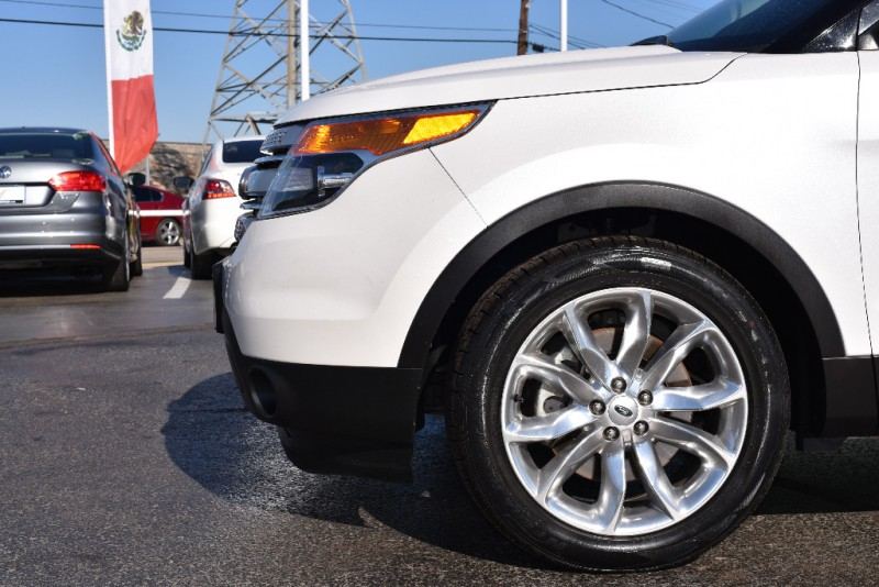 Ford Explorer 2016 price $1,500 Down!!