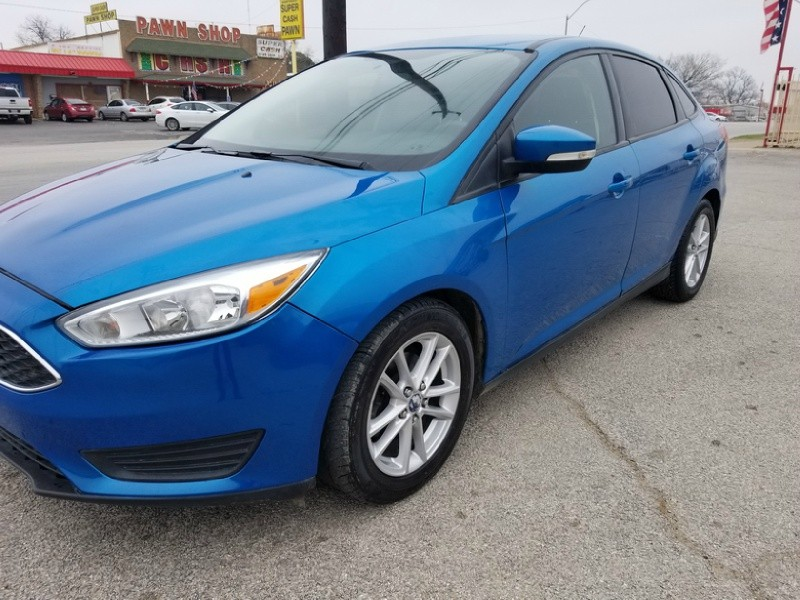 Ford Focus 2015 price $8,000