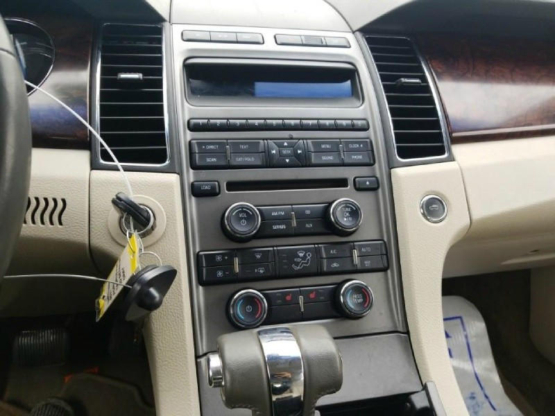 Ford Taurus 2011 price $6,500 Cash