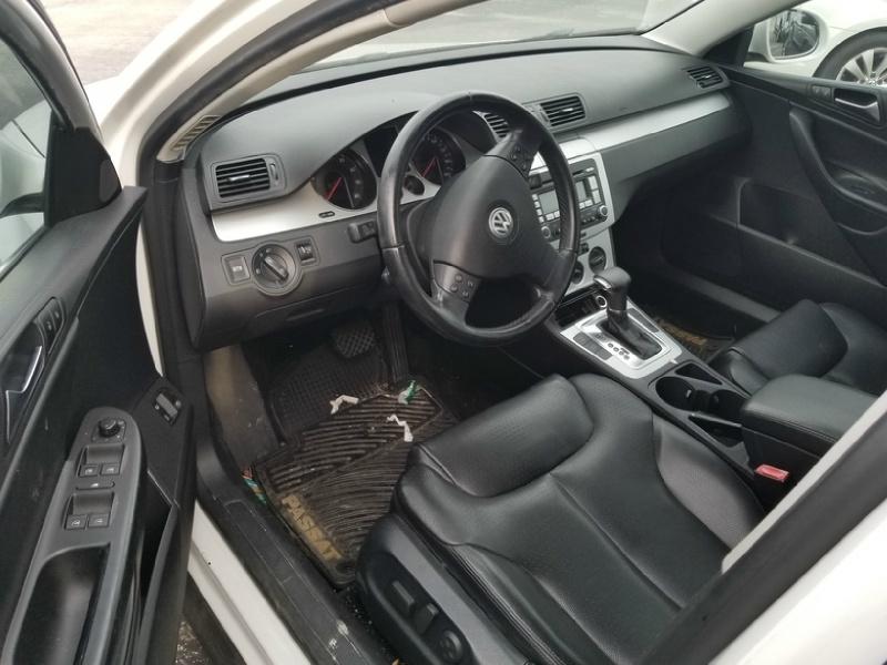 Volkswagen Passat 2009 price $1,500