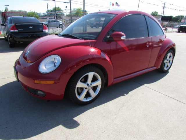 2006 Volkswagen New Beetle Coupe