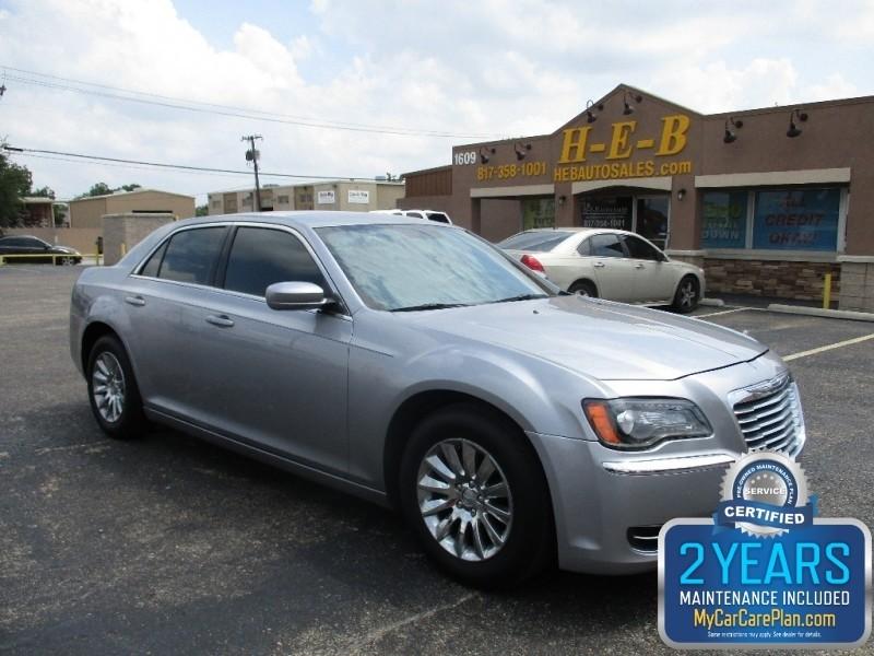2014 Chrysler 300 500totaldown.com  all credit