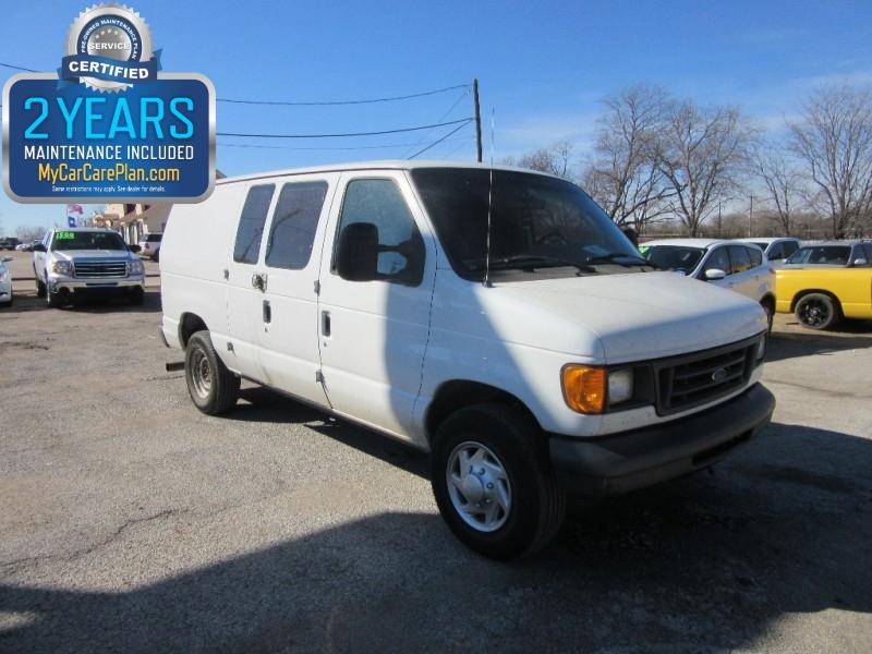 2005 Ford Econoline Cargo Van