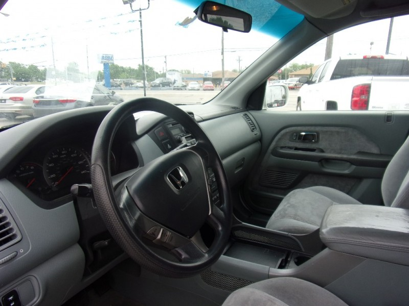 Honda Pilot 2005 price $5,900