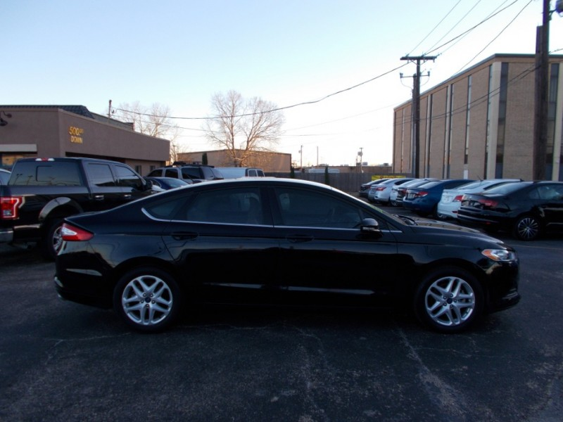 Ford Fusion 2016 price $11,995