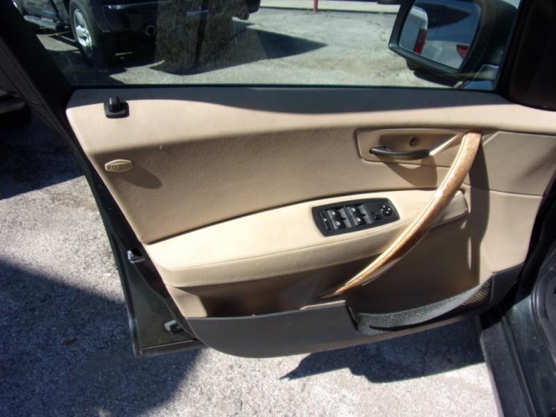 BMW X3 2004 price $3,500 Cash