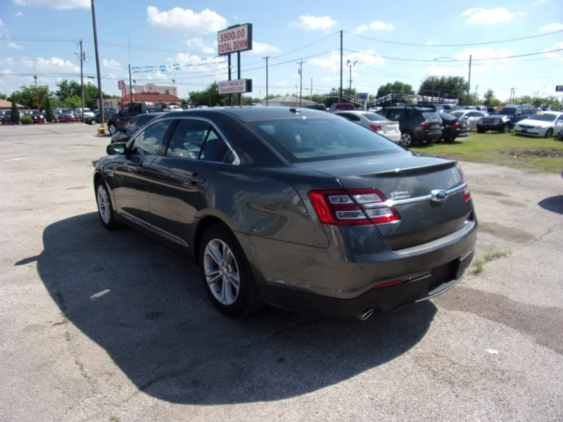 Ford Taurus 2015 price $12,500