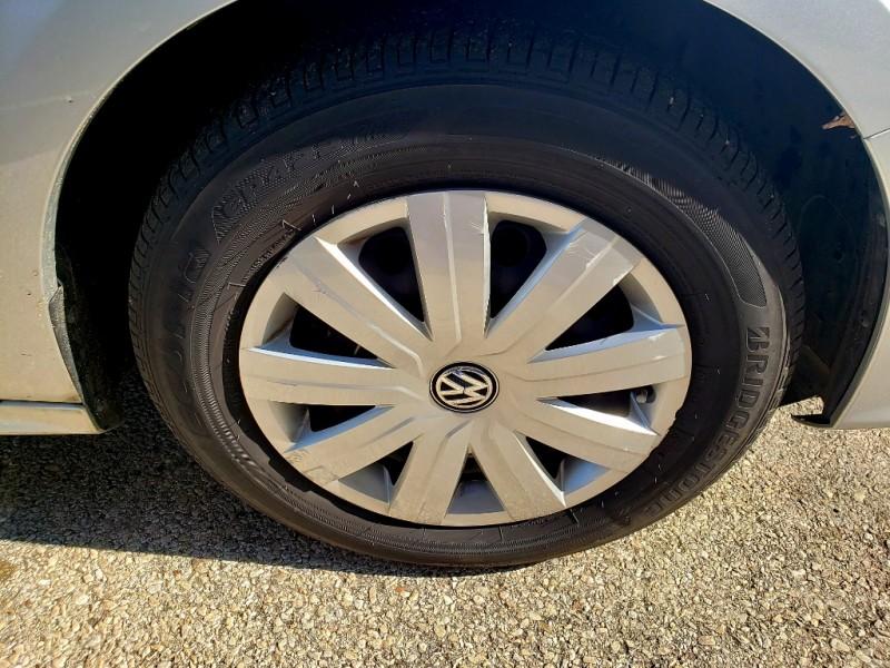 Volkswagen Jetta Sedan 2016 price $11,500
