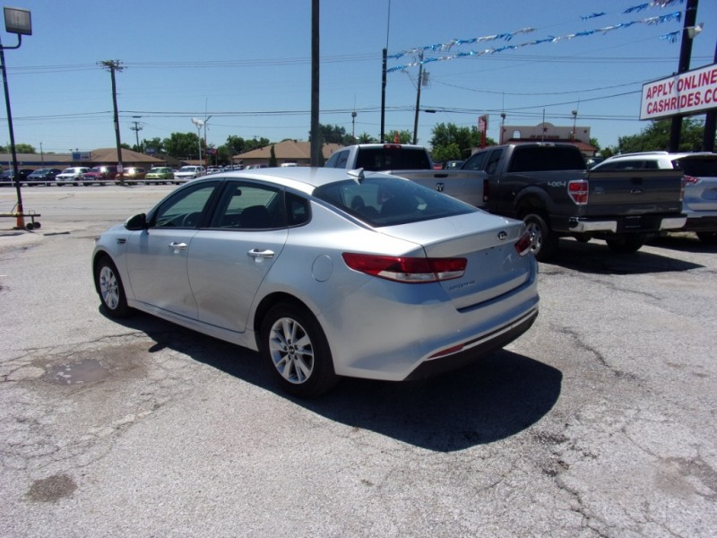 Kia Optima 2016 price $15,500
