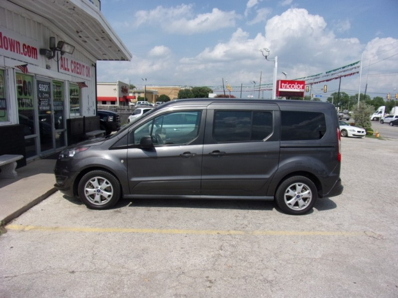 Ford Transit Connect Wagon 2015 price $12,500
