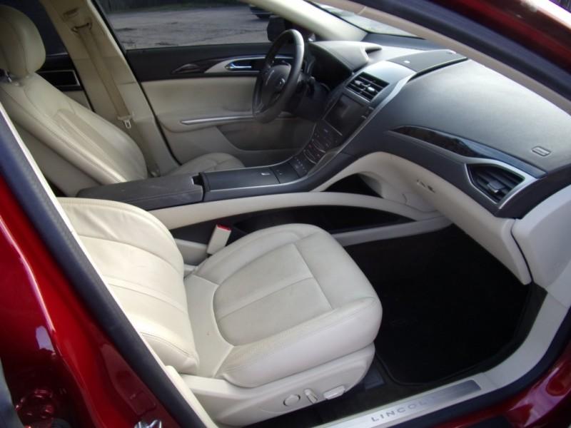 Lincoln MKZ 2015 price $18,900
