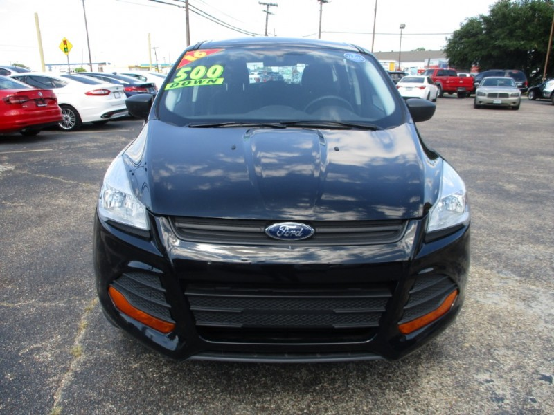 Ford Escape 2016 price $12,995