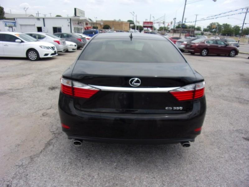 Lexus ES 350 2015 price $19,500