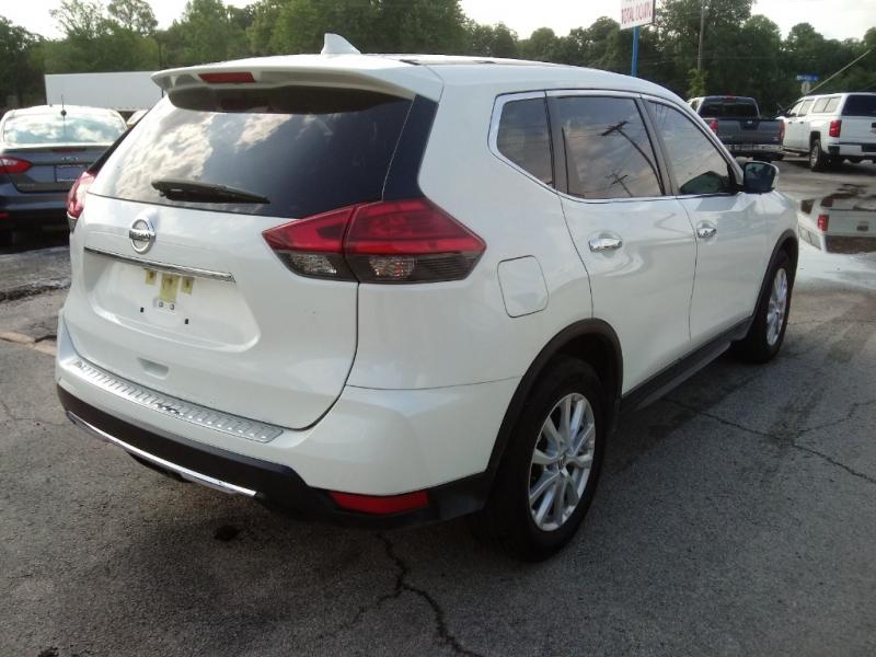 Nissan Rogue 2017 price $15,500