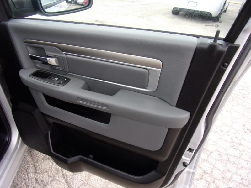 Dodge Ram 1500 2013 price $18,500