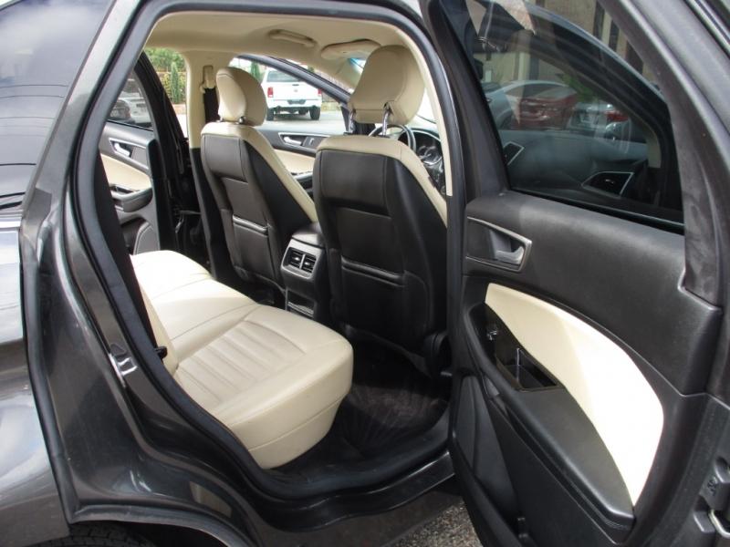 Ford Edge 2015 price $16,950