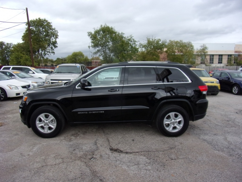 Jeep Grand Cherokee 2017 price $18,995