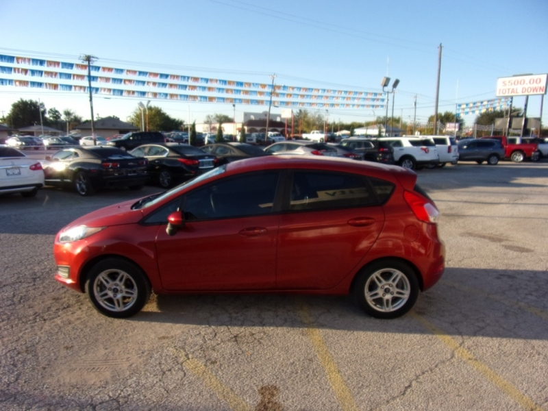 Ford Fiesta 2018 price $11,995