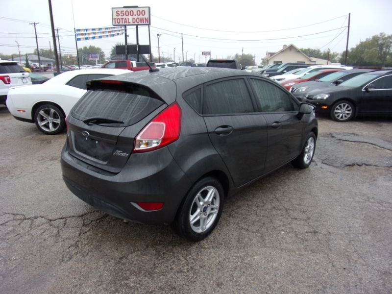 Ford Fiesta 2018 price $12,995