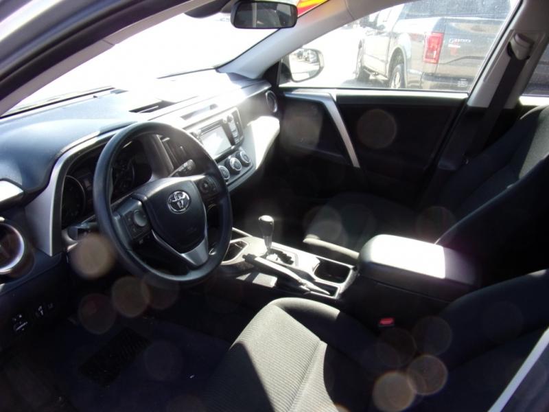 Toyota RAV4 2018 price $17,995