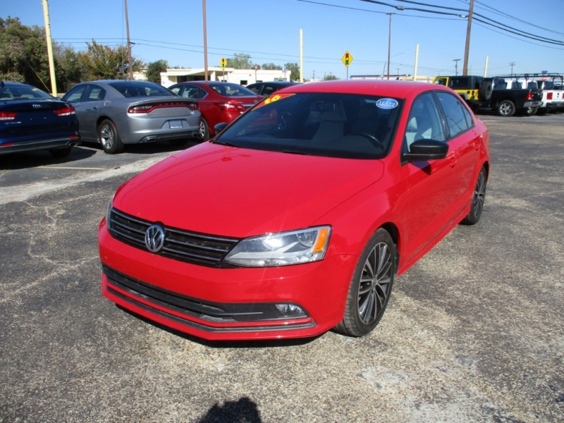 Volkswagen Jetta Sedan 2016 price $12,900