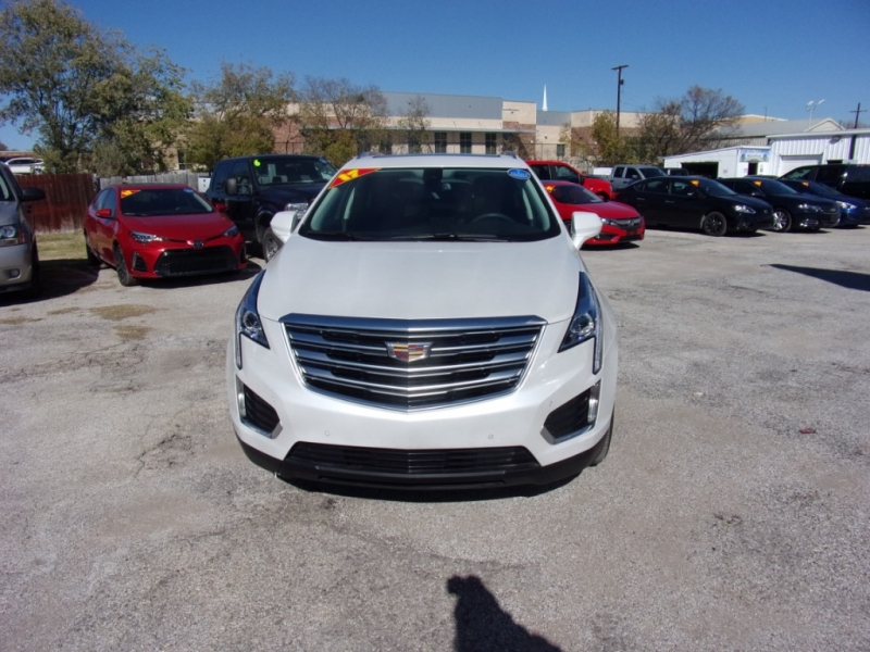 Cadillac XT5 500totaldown.com 2017 price $24,500