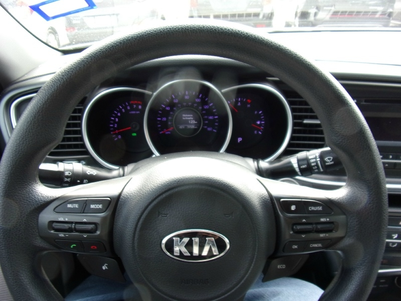 Kia Optima 2015 price $13,500